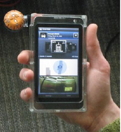 Microsoft Menlo Prototype Device Packs 4.1 inch Display, Barometer