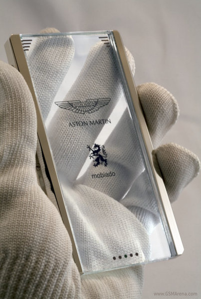 Mobiado Aston Martin Prototype is a Transparent Phone