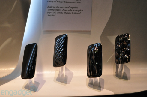 Kyocera Concept Phones @ CTIA 2011 Change Shape According to Users Emotions