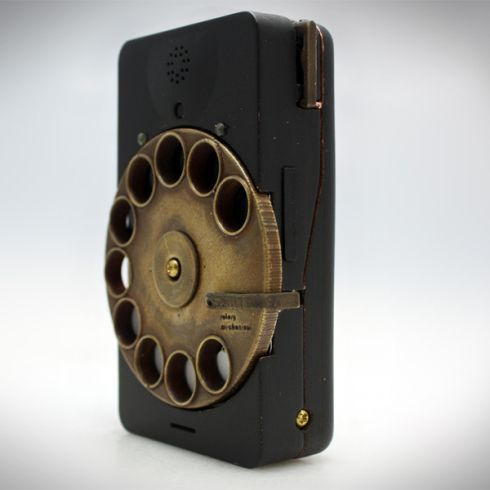 Rotary Mechanical Smartphone is a Steampunk Heaven for Fans