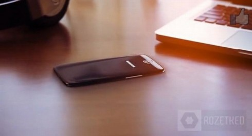 Samsung Galaxy S4 Hands on Video Shows an Excellent Concept (Video)