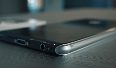 iPhone 8 concept 5